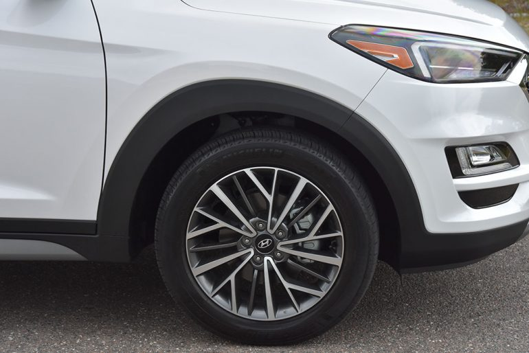 2019 hyundai tucson ultimate wheels tires