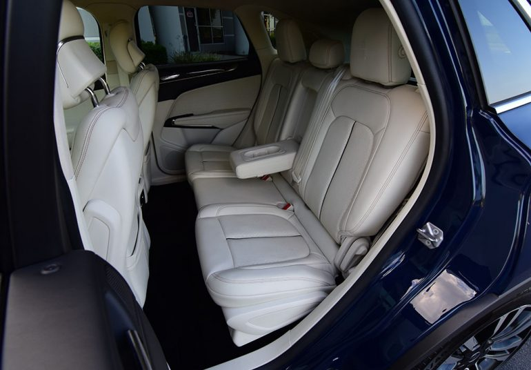 2019 lincoln mkc black label back seats