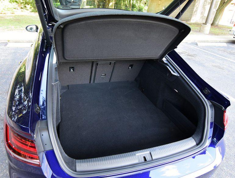2019 volkswagen arteon trunk hatch