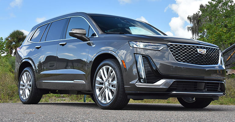 2020-cadillac-xt6-awd-luxury-feature-1
