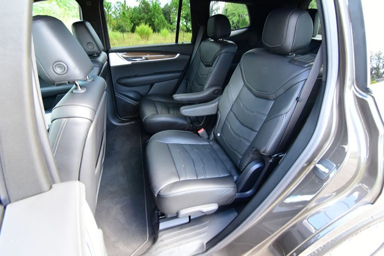 cadillac xt6 second row seats
