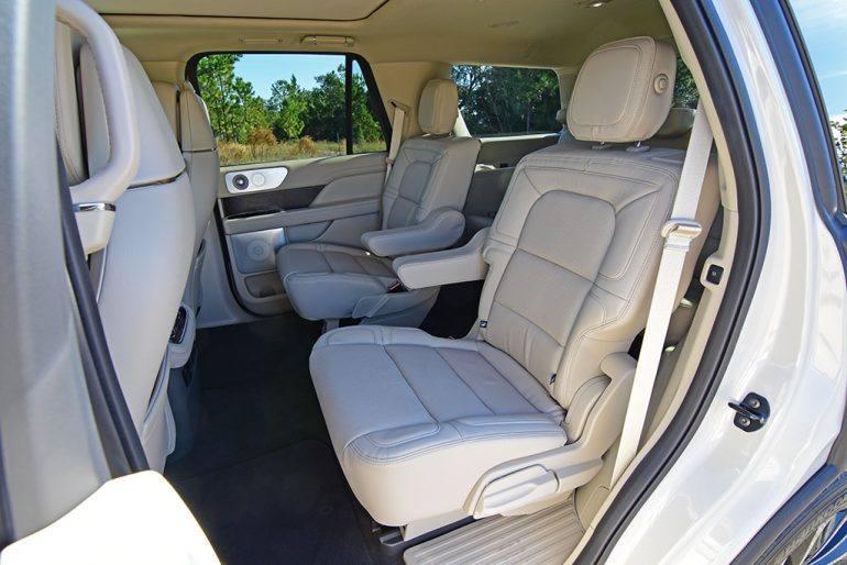 2020 lincoln navigator captain chairs