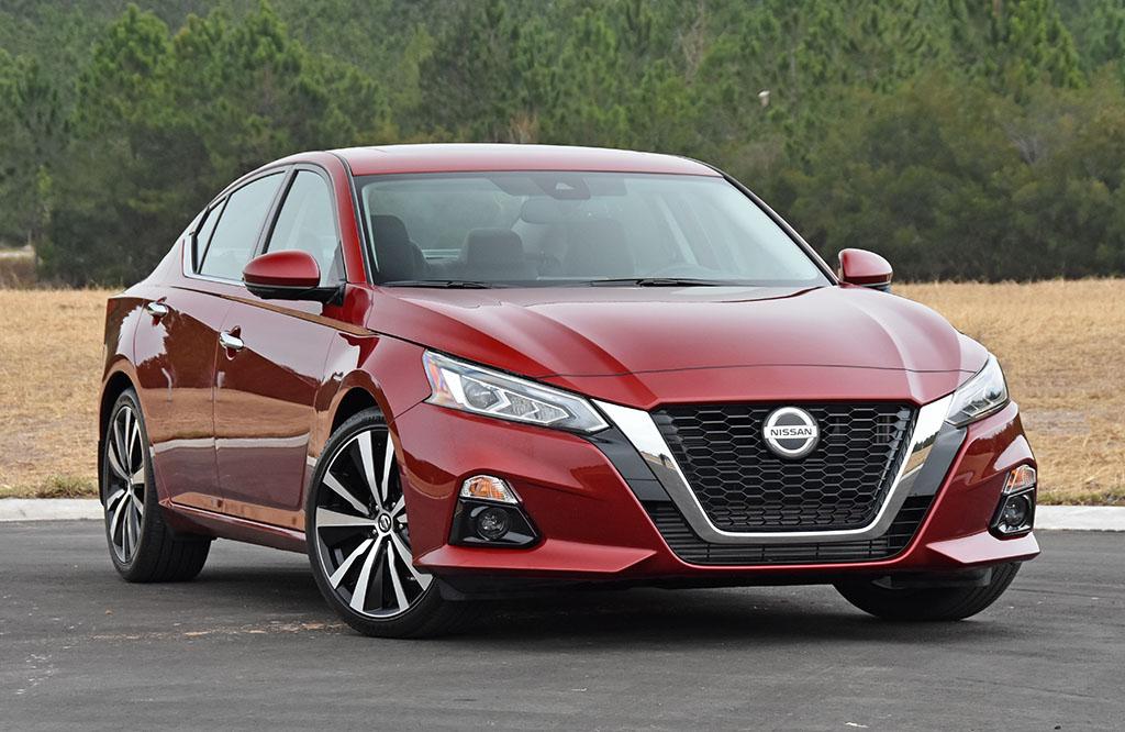 2020 Nissan Altima 2 0 Platinum Vc Turbo Fwd Review Test Drive Automotive Addicts