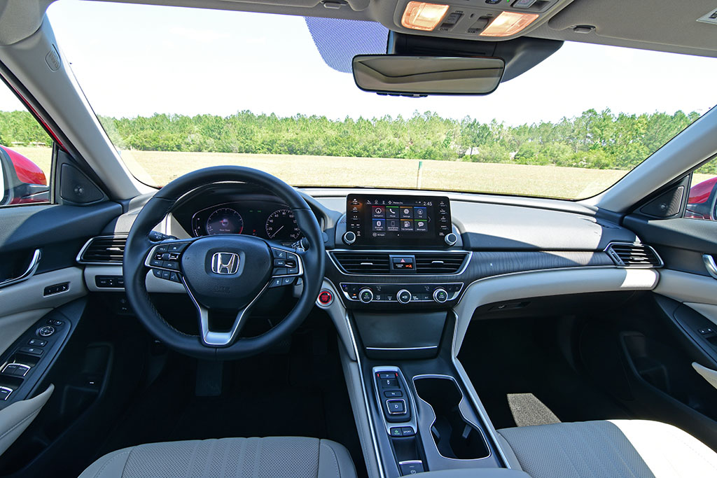 2020 Honda Accord 2 0t Touring Review Test Drive Automotive Addicts