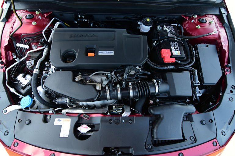 2020 honda accord touring 2.0-liter engine