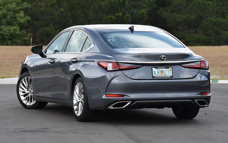 2020 lexus es 350 ultra luxury back