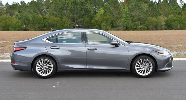 2020 lexus es 350 ultra luxury side