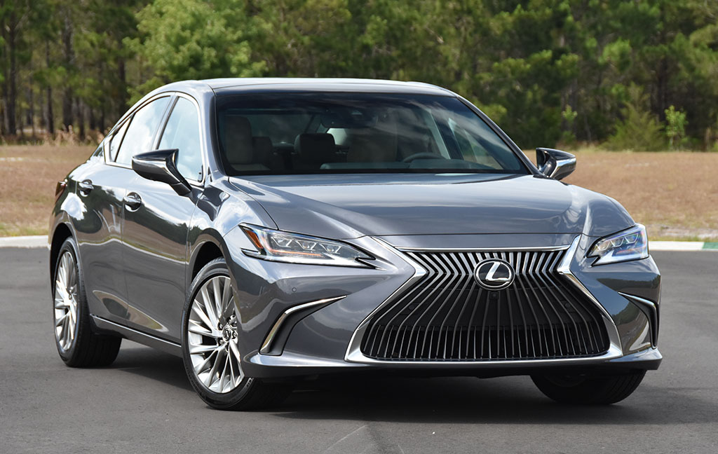 2020 Lexus Es 350 Ultra Luxury Review Test Drive Automotive Addicts