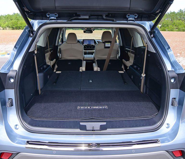 2020 toyota highlander platinum cargo all seats down