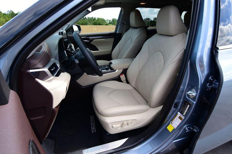 2020 toyota highlander platinum front seats
