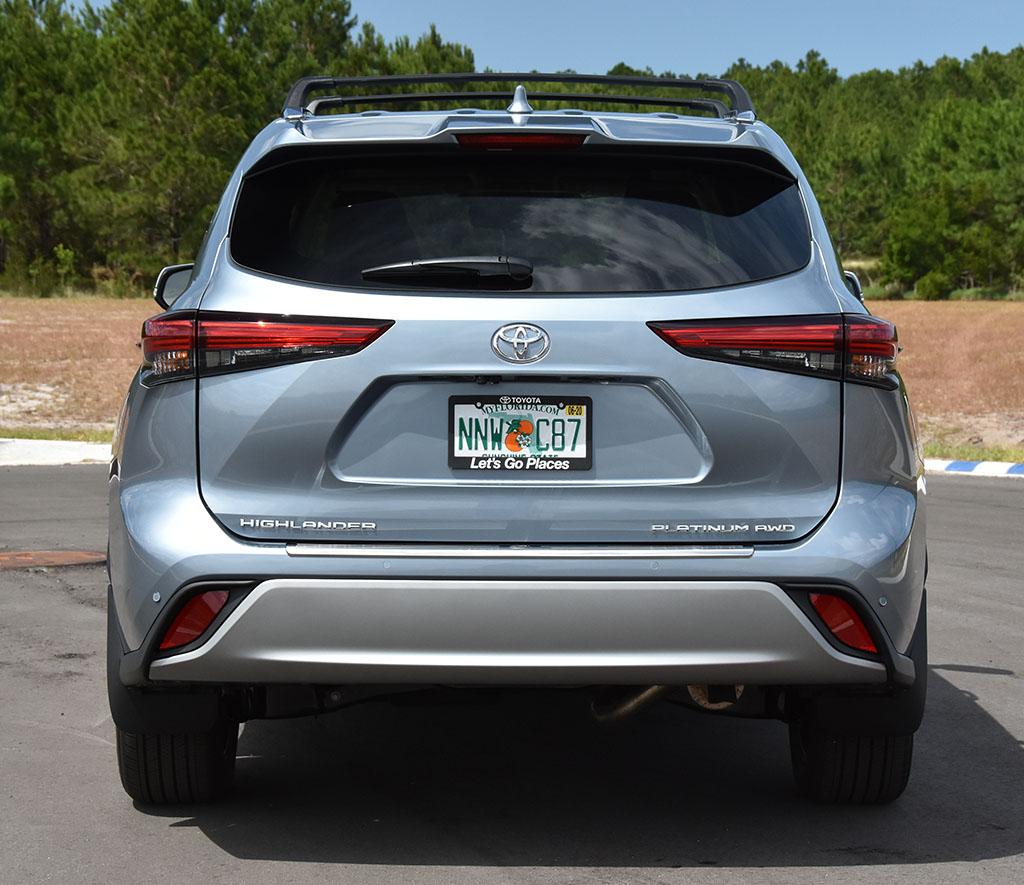 2020-toyota-highlander-platinum-rear-2 : Automotive Addicts