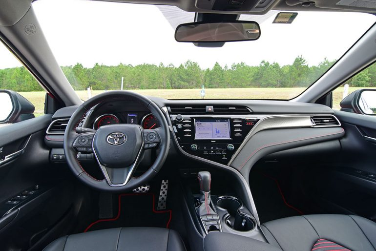 2020 toyota camry trd dashboard