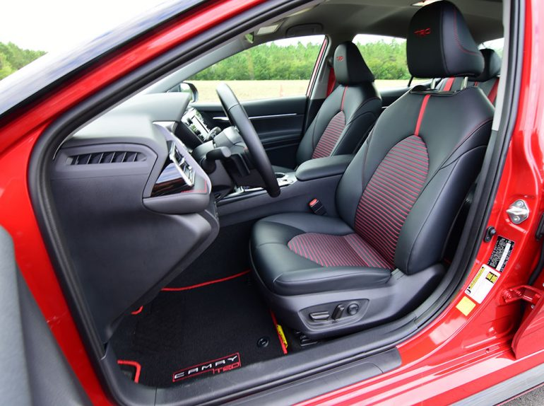 2020 toyota camry trd front seats