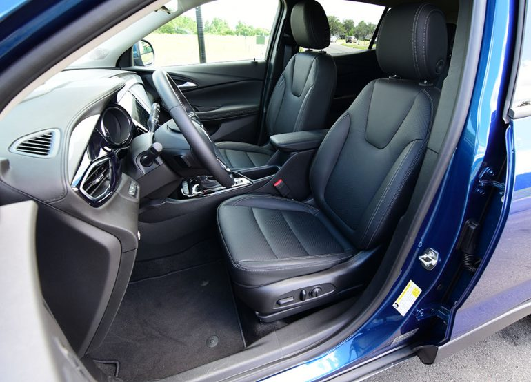 2020 buick encore gx front seats
