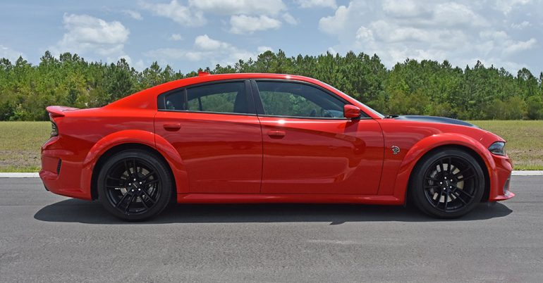 2020 dodge charger srt hellcat widebody side