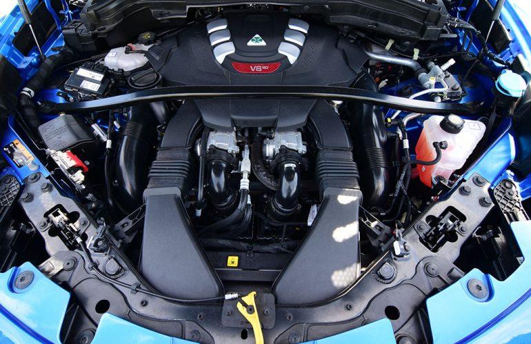 2020 alfa romeo stelvio quadrifoglio twin turbo ferrari engine