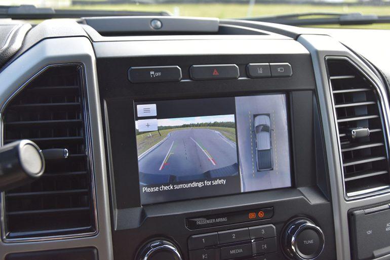 2020 ford f-250 super duty 7.3 V8 gasoline lariat surround camera