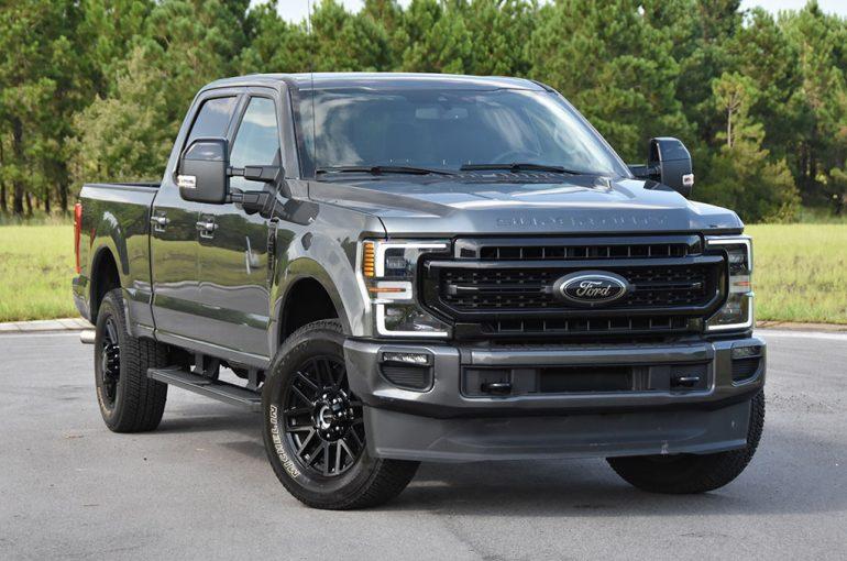 2020 ford f-250 super duty 7.3 V8 gasoline lariat