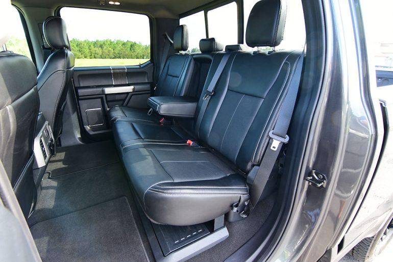 2020 ford f-250 super duty 7.3 V8 gasoline lariat rear seats