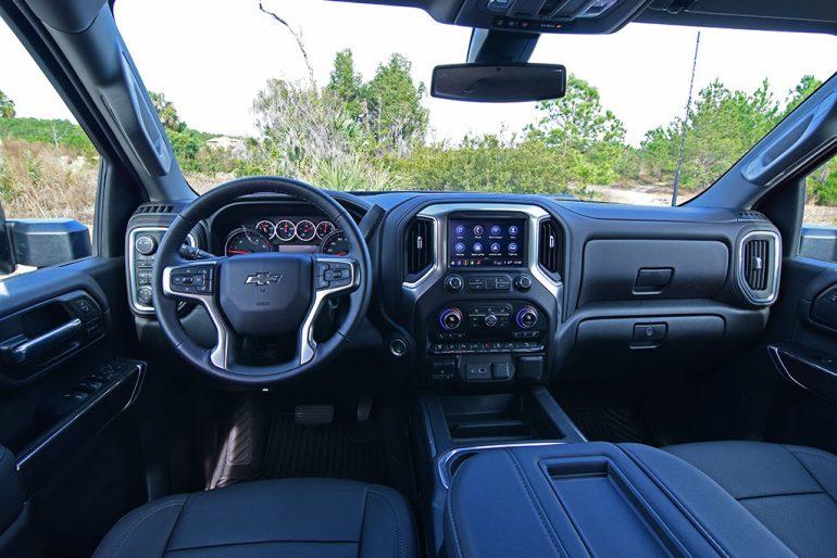2021 chevrolet silverado 2500HD diesel dashboard