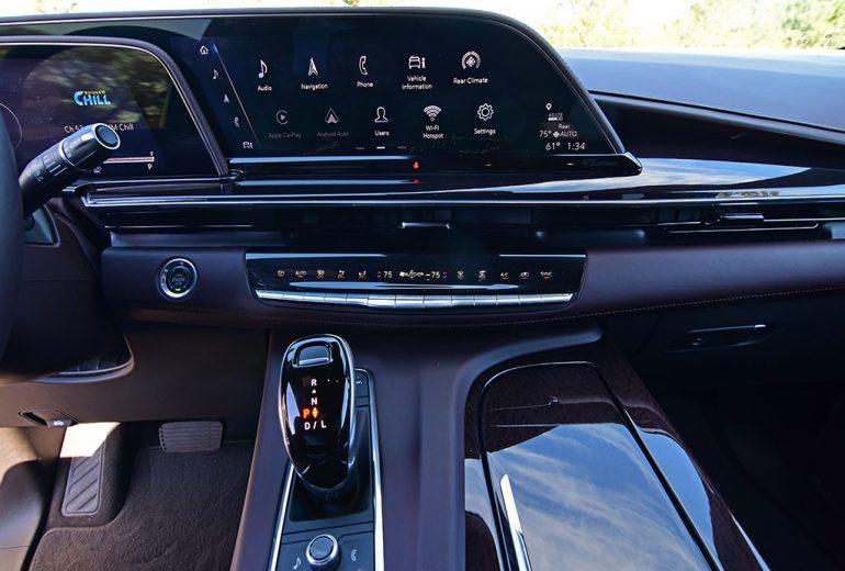 2021 cadillac escalade sport platinum oled touchscreen