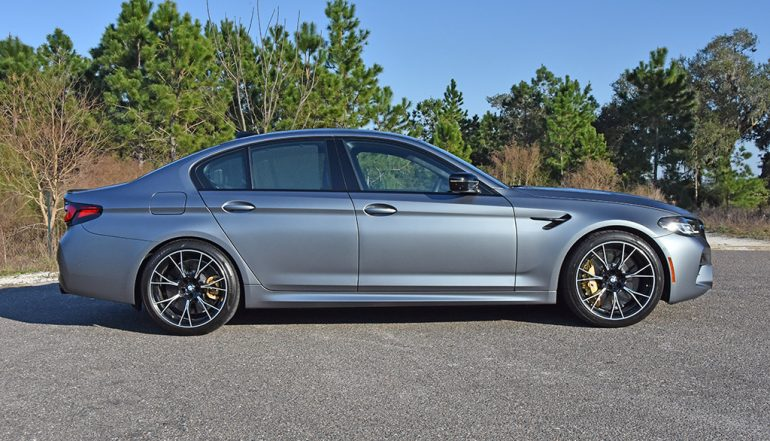 2021 bmw m5 competition side