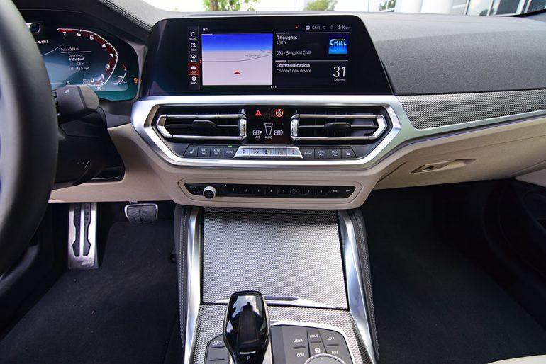 2021 bmw m440i xdrive touchscreen