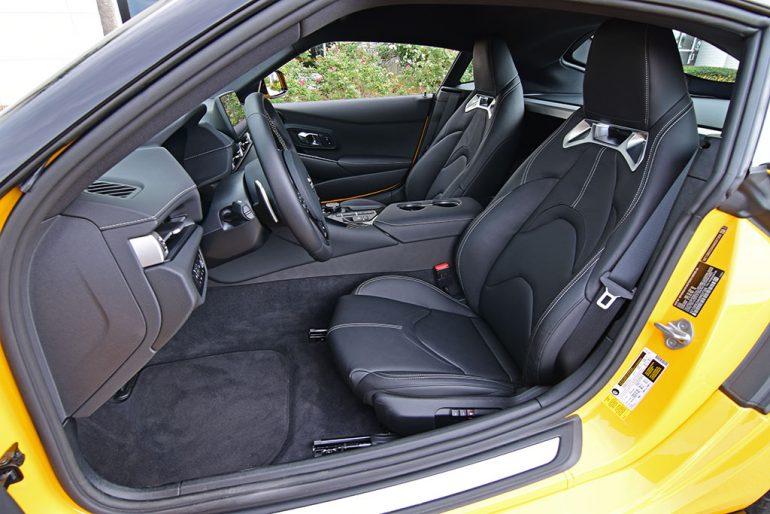 2021 toyota gr supra 3.0 premium seats