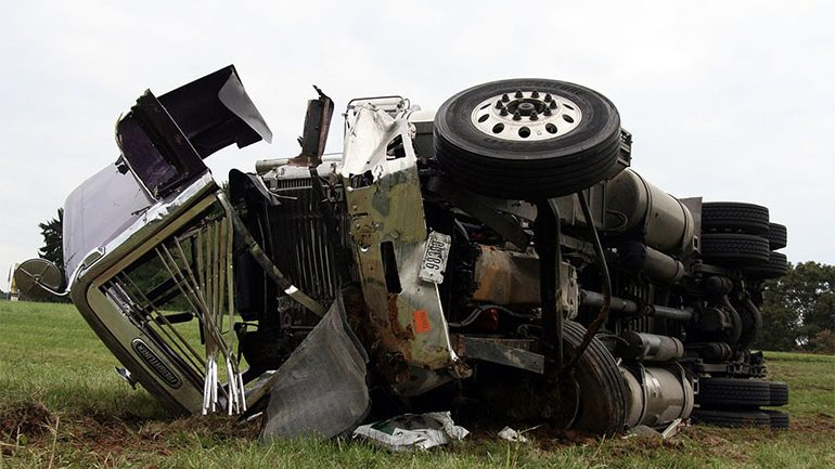 5 Common Causes of Trucking Accidents
