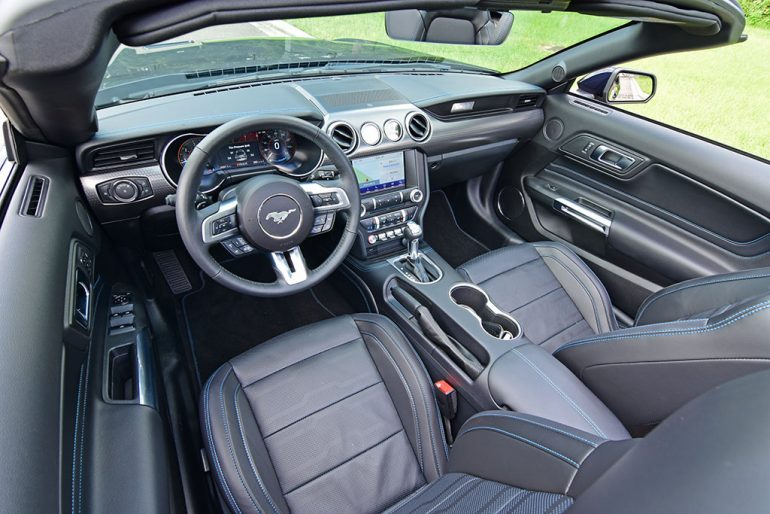 2021 ford mustang convertible ecoboost hpp dashboard