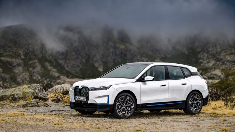 New Car Preview: 2022 BMW iX