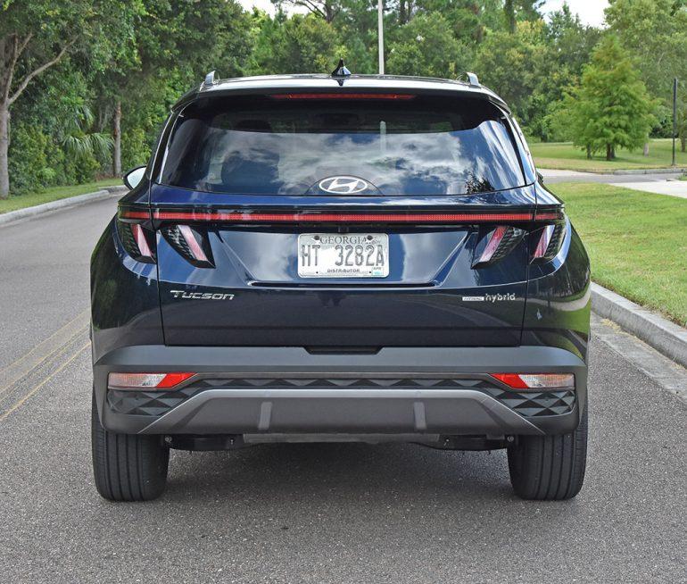 2022 hyundai tucson limited hybrid rear